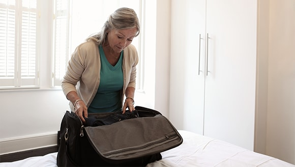 What should you pack for a hospital stay?